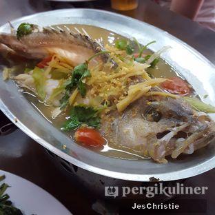 Foto 2 - Makanan(Ikan Kerapu Stim Tio Ciu) di Seafood Station oleh JC Wen