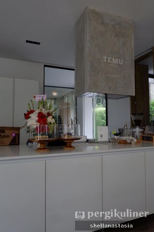Foto 7 - Interior di Titik Temu Coffee oleh Shella Anastasia