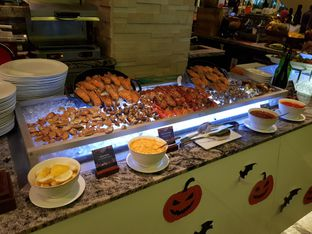 Foto 1 - Makanan di Sana Sini Restaurant - Hotel Pullman Thamrin oleh foodstory_byme (IG: foodstory_byme)