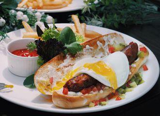 8 Restoran di Jakarta Barat dengan Menu Masakan Barat yang Wajib Dicoba