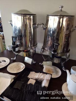 Foto 3 - Interior di Taruma Kafe - Hotel Aryaduta oleh @NonikJajan