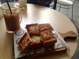 Foto - Makanan di Roti Gempol & Kopi Anjis! oleh ardilladina