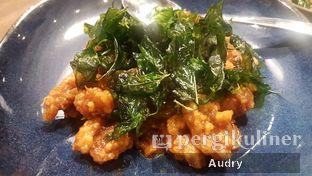 Foto 5 - Makanan(Chicken with Crispy Basil Leaves) di Thai Street oleh Audry Arifin @makanbarengodri