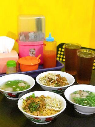 Foto 10 - Makanan di Istana Mie Ayam oleh yudistira ishak abrar