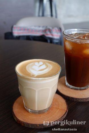 Foto 13 - Makanan(Hot Latte) di Honua oleh Shella Anastasia