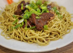 Ini Dia Makanan - Makanan Kaki Lima Favorit di Jakarta