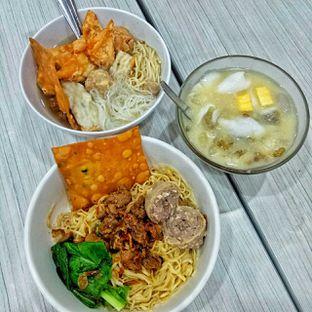 Foto 7 - Makanan di BMK (Baso Malang Karapitan) oleh duocicip