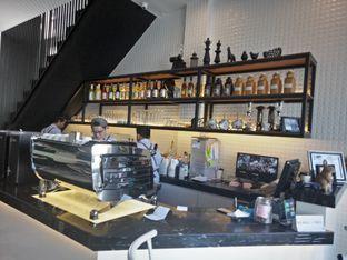 Foto 3 - Interior di Fukudon Coffee N Eatery oleh Mita  hardiani