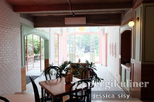 Foto review Please Please Please oleh Jessica Sisy 3