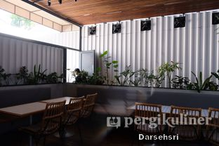 Foto 6 - Interior di Kitchen by Dough Darlings oleh Darsehsri Handayani