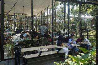 Foto 9 - Interior di Popolo Coffee oleh yudistira ishak abrar