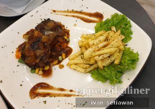 Foto 4 - Makanan di Alooen Alooen Cafe and Coffee oleh Ivan Setiawan