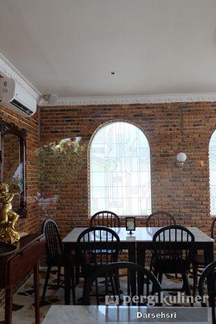 Foto 6 - Interior di Padre oleh Darsehsri Handayani