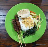 Foto Nasi Campur di Masakan Panipahan
