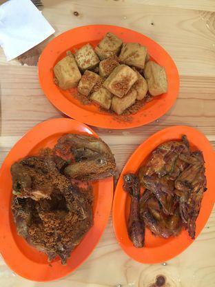 Foto 3 - Makanan di Ayam Goreng Borobudur oleh Yuni