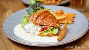 Foto 1 - Makanan(Beef & Mushroom Carbonara Sandwich) di Bellamie Boulangerie oleh @kulineran_aja