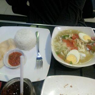 Foto 3 - Makanan(Soto Ayam) di AH Resto Cafe - Hotel Ibis Budget Jakarta Cikini oleh Rizky Dwi Mumpuni