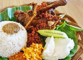 8 Tempat Makan Dekat Kampus UNJ (Universitas Negeri Jakarta)