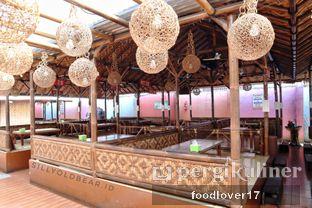 Foto 15 - Interior di Rumah Makan Kampung Kecil oleh Sillyoldbear.id