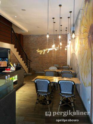 Foto 5 - Interior di Geulis The Authentic Bandung Restaurant oleh Cubi