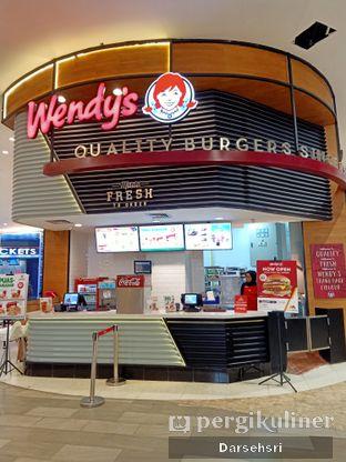 Foto 5 - Eksterior di Wendy's oleh Darsehsri Handayani