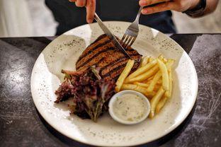 Foto 1 - Makanan di Eighty/Nine Eatery & Spirits oleh Deasy Lim