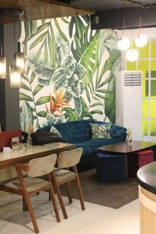 Foto 6 - Interior di Brouwen Coffee & Kitchen oleh Prido ZH