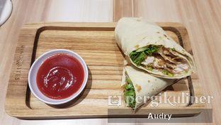 Foto 3 - Makanan(chicken wraps) di Dino Bites oleh Audry Arifin @makanbarengodri