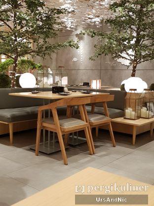Foto 9 - Interior di Sushi Hiro oleh UrsAndNic