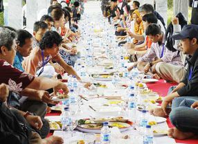 5 Tempat Makan yang Cocok untuk Buka Puasa Bersama di Jakarta Timur