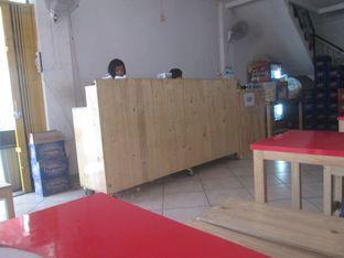 Foto 1 - Interior di Sate Taichan Khas Uda oleh Erika  Amandasari