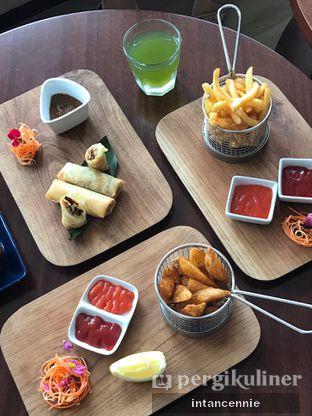 Foto 14 - Makanan di Lobby Lounge - Swiss Belhotel Serpong oleh bataLKurus