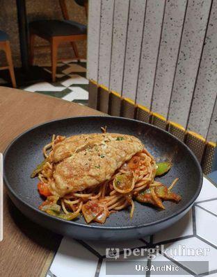 Foto 2 - Makanan di Pish & Posh Cafe oleh UrsAndNic