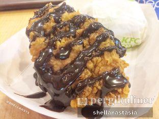 Foto 1 - Makanan(Cho Chicks) di KFC oleh Shella Anastasia