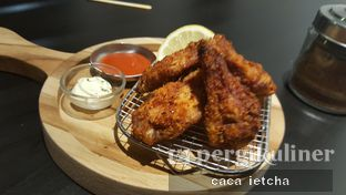 Foto 6 - Makanan(Chicken wings) di Kickass Coffee Works & Hubble Scoop Creamery oleh Marisa @marisa_stephanie