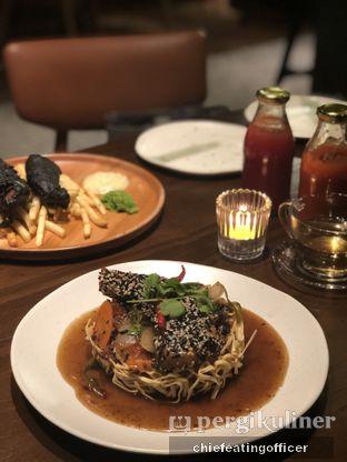 Foto 3 - Makanan(I Fumie Sesame Baramundi) di FLYNN Dine & Bar oleh Cubi