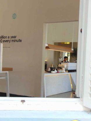 Foto 5 - Interior di Work Coffee oleh doyan kopi