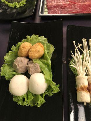 Foto 4 - Makanan di The Royal Pot oleh Nanakoot