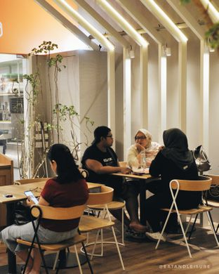 Foto 8 - Interior di Guzzbun oleh Eat and Leisure