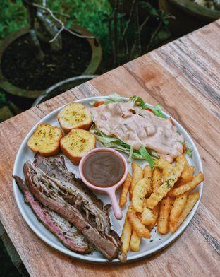Foto 3 - Makanan di Menanti Hari Temu oleh Della Ayu