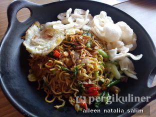 Foto 1 - Makanan(Mi Goreng Jawa) di Aromanis oleh @NonikJajan