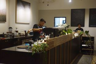 Foto 18 - Interior di 1/15 One Fifteenth Coffee oleh yudistira ishak abrar