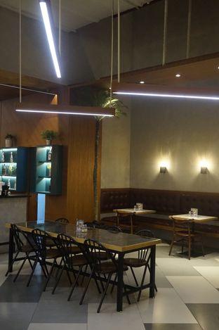 Foto 3 - Interior di The Goods Cafe oleh yudistira ishak abrar