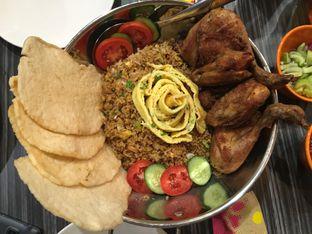 Foto 2 - Makanan(Milby Fried Rice with Chicken) di Milky Bean oleh Kevin Suryadi