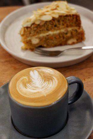 Foto 2 - Makanan(Hazelnut Latte) di Sama Dengan oleh David Sugiarto