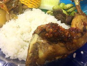 Foto Ayam Goreng Pemuda
