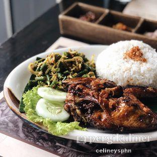 Foto 3 - Makanan(Ayam Bakar Tepi Sawah) di Bebek Tepi Sawah oleh Celine Yosephine --- IG : @stupidlyfull
