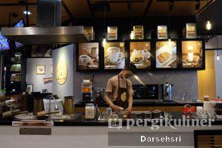 Foto 5 - Interior di Aming Coffee oleh Darsehsri Handayani