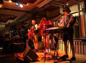 7 Restoran Live Musik di Jakarta Paling Asik