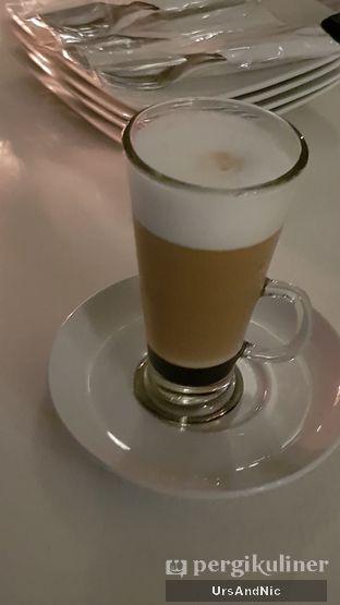 Foto 6 - Makanan di Orofi Cafe oleh UrsAndNic